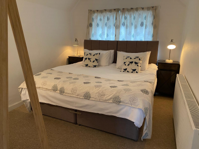 Bedroom 2 - twin bed or king size bed