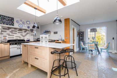 Spacious Kitchen with Complete Utencils